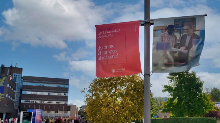 Guiar en pandemia: señalética en la Universidad de Navarra